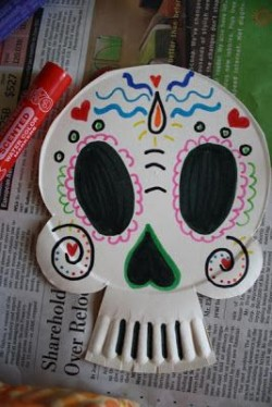 Crafternoons - Day of the Dead Paper Plate Masks!